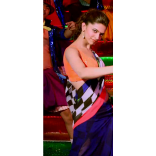 Deepika Padukone Lungi Dance Check Saree