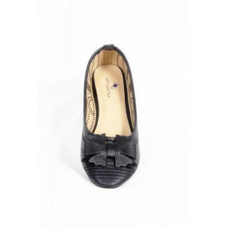 Belson Spiffy Comfortable Round Toed Black flat Shoes For Women