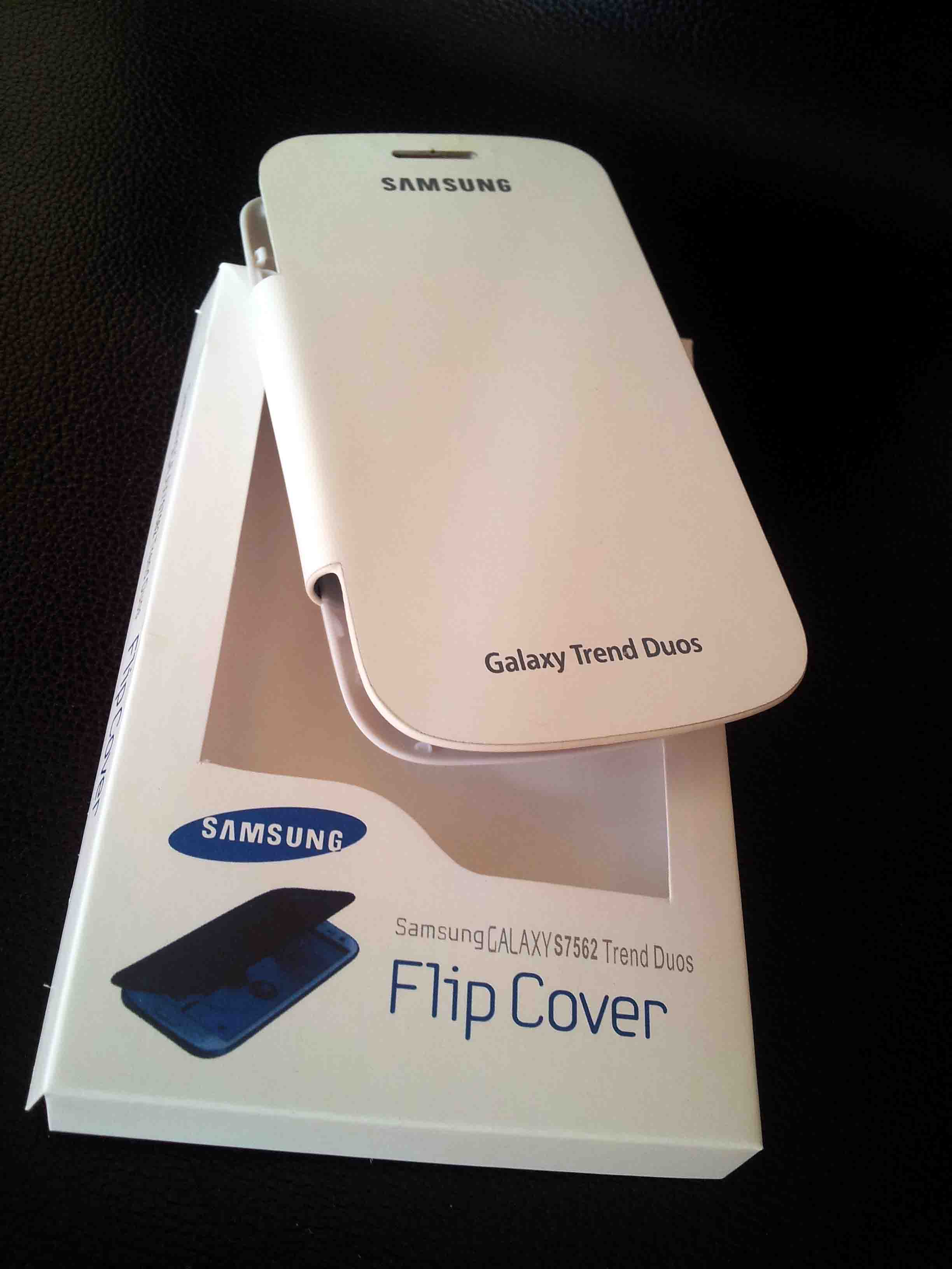 Samsung Galaxy S Trend Duos Flip Cover For S7562 S 7562 - White {Battery Panel Detactable Flap style cover}