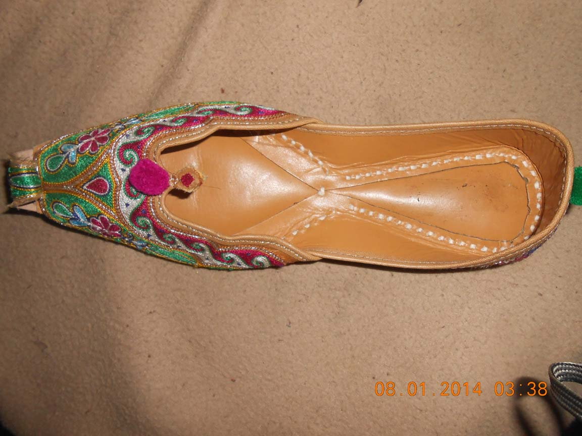 Punjabi jutti for girls online shopping