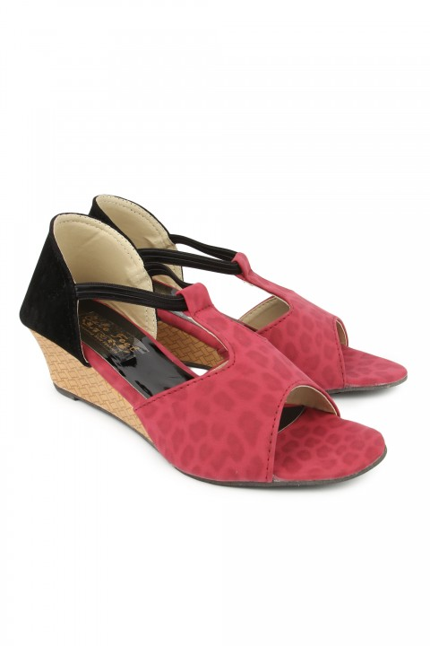 Cute Feet Girls Red Color Cute Wedges