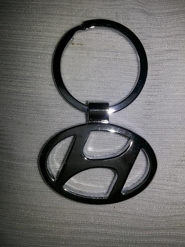 Hyundai Car Key Chain Emblem Eon i10 i20 Verna Elantra ...