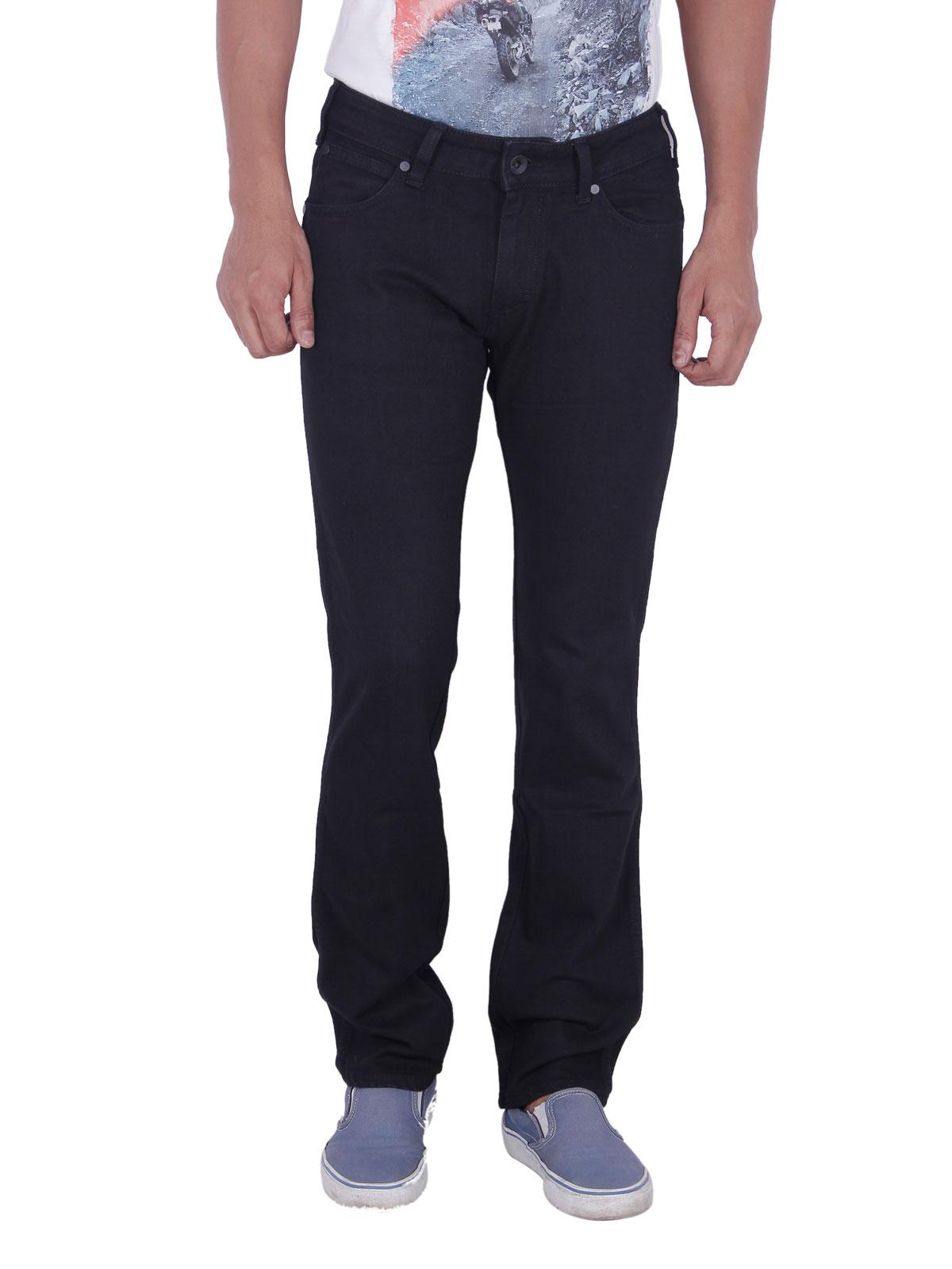 Wrangler Black Skanders Slim Fit Jeans For Men