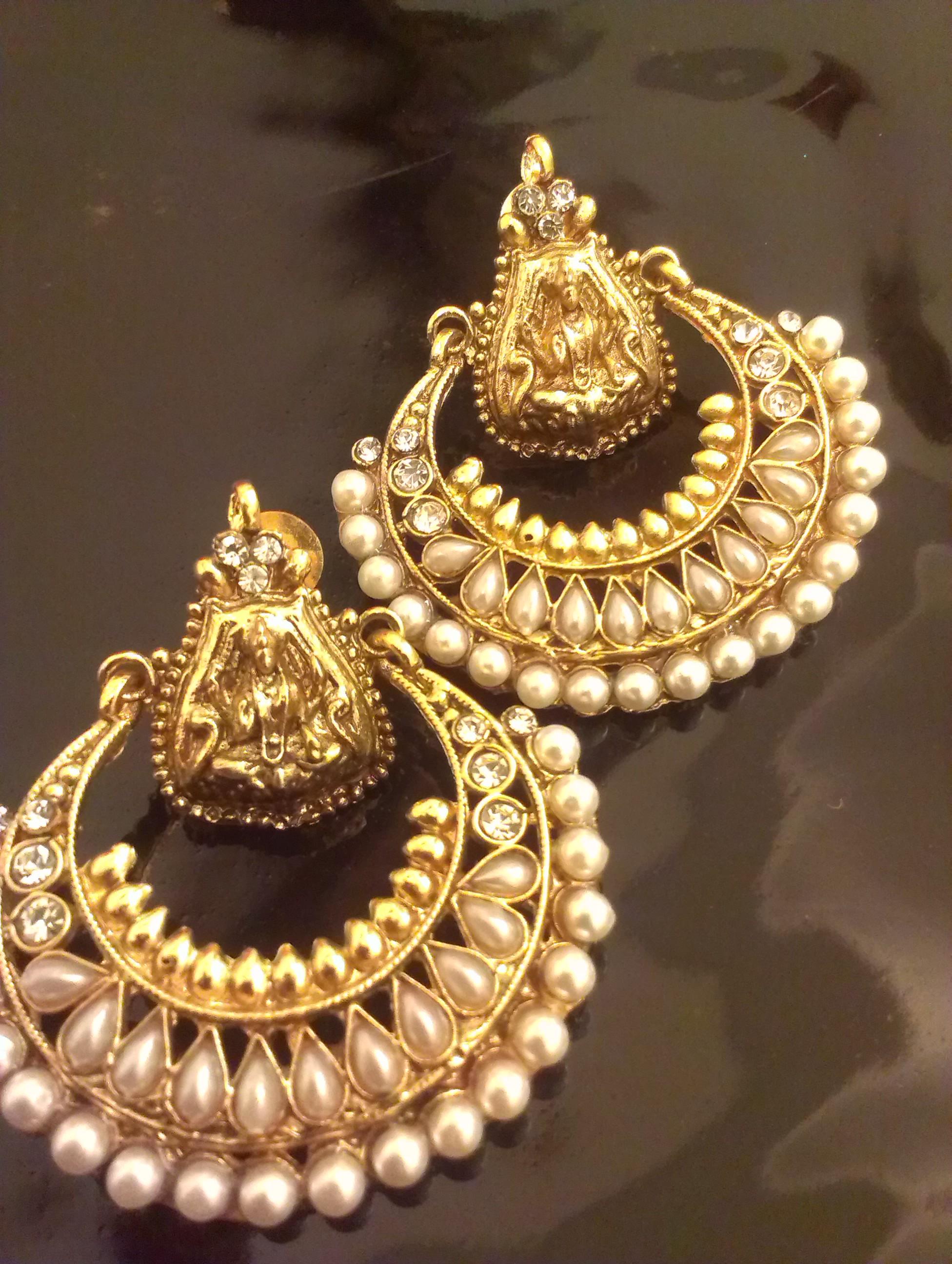 Wholesale Fashion Sports Jewelry