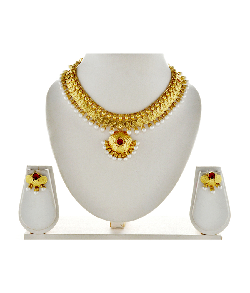 Asian pearl necklace