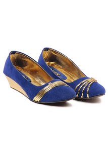 Ten Classy Blue Ballerinas