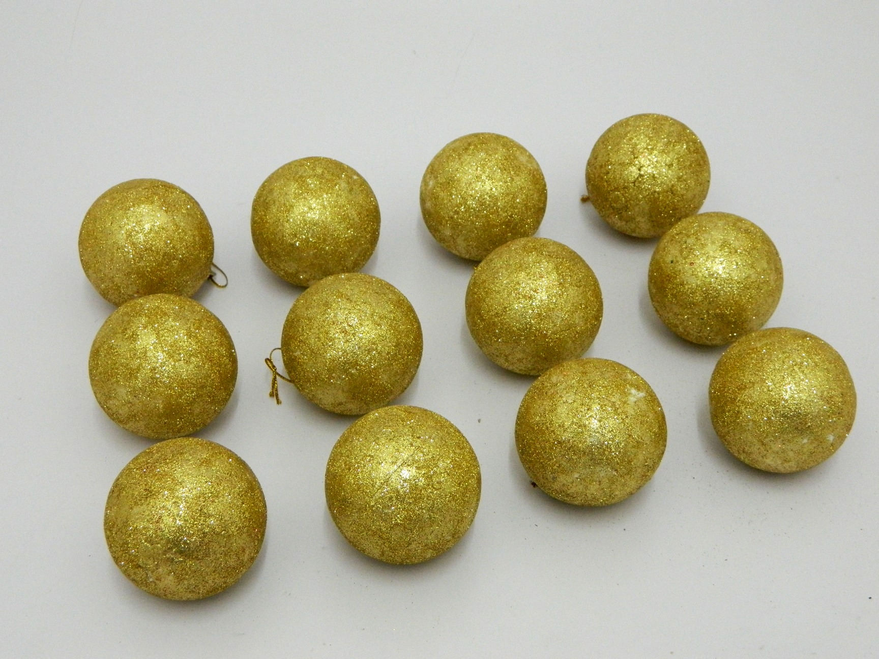 Christmas tree decorative balls set of gold prices in