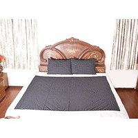 Black Printed Semi-Soft Bedding Set