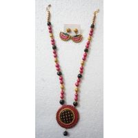 Round Terracotta Necklace Set In Pink,black,gold Colour