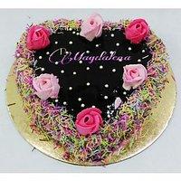 Heart Roses Cake Half Kg