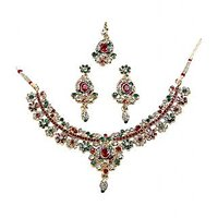 Kriaa Graceful Red & Green Necklace Set With Maang Tika - 1100607