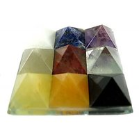 MULTI NAVGRAH SET OF 9 SMALL PYRAMIDS ON A GLASS PLATE (4.5X4.5CM) , HEALING CRY