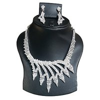 Yamiarts Monika Alloy Neckless Set With Earring In High Quality Silver Plated Made Of Alloy Metal