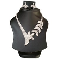 Yamiarts Patti Alloy Neckless Set With Earring In High Quality Silver Plated Made Of High Quality Alloy Metal
