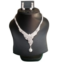 Yamiarts Pretey Alloy Neckless Set With Earring In High Quality Silver Plated Made Of High Quality Alloy Metal