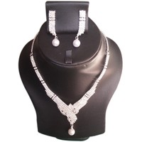 Yamiarts Shurbi Alloy Neckless Set With Earring In High Quality Silver Plated Made Of High Quality Alloy Metal