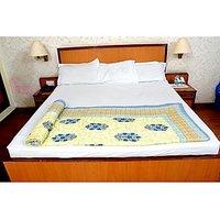 Jaipuri Beige Cotton Quilts & Comforters(FNR02004D)