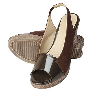 Niremo Women's Sleek Fleet Brown Patent Wedges