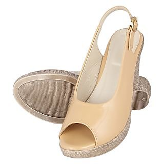 Niremo Women's Sanguine Rudiness Beige Faux Leather Wedges