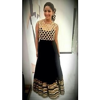 Black Gown Bollywood Replica Of Yami Gautam With Sleeves
