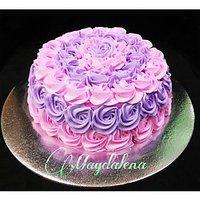 Swirl Rose Cake 1.5 Kg