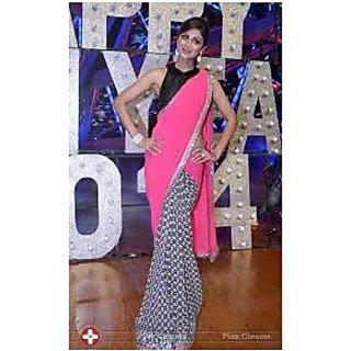 Richlady Fashion Shilpa Shetty Chiffon Plain Pink & Black Saree