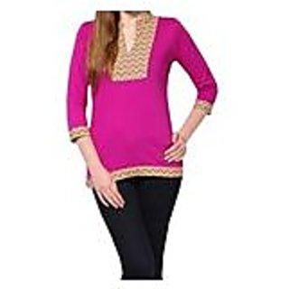 Sarvinis Wandearing Purple Knitted Cotton Kurti