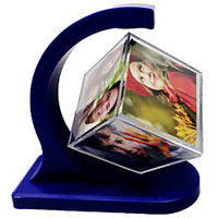 ROTATING PHOTO FRAME 360 DEGREE FLOATING PHOTO CUBE FRAME HOME DECOR AND GIFT