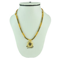 Womens Trendz Alternate Golden & Black Mani With White Crystal Necklace