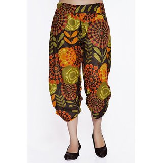 Women Crepe Cotton Black Mulicolored Flowers Design Short Harem Capri Pants