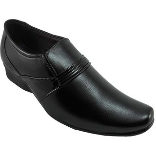 B3trendz Bewitching Black Slip-on Formal Shoes For Men