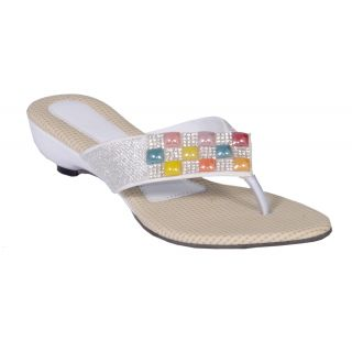 Altek Women Multicolour Ethnic Slipper (altek_s113_white)