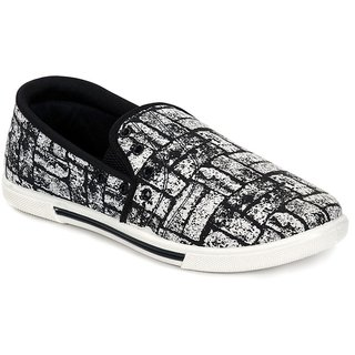 Kelly Men's Black And White Casual Slip On Shoe