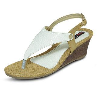 Get Glarm Basic Sandals White
