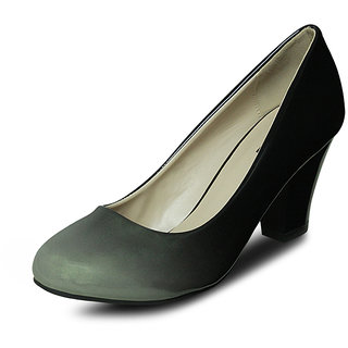 Get Glamr Block Heel Pumps Black