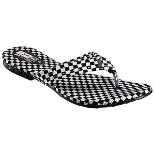 Yepme Women's Black & White Sandals
