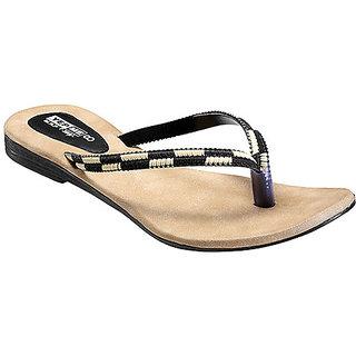 Yepme Women's Black Stylish Design Sandals