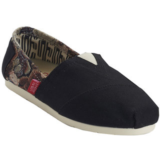 URBAN MONKEY Black Print Canvas Slip Ons  (UST-0004-Black)