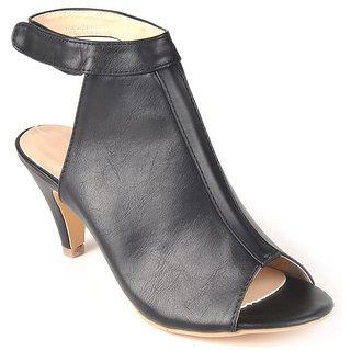 L.G. Footwear Women Black Styles Heel (100-466-Black)