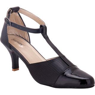 Solester WomenS Black Round Toe Heels