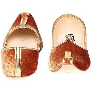 Skylyf Velvet Ethnic Mojari Mozari Jutti Juti Jooti Footwear