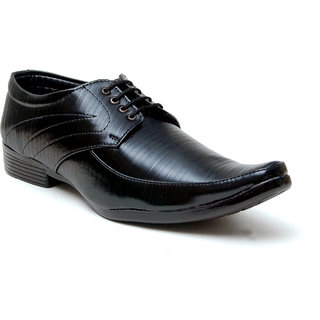 Oora Shining Black With Fine Lining Design Lace Up Formal Shoes For Men