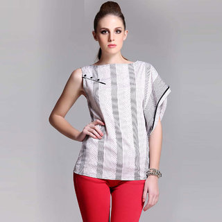Black And White Asymmetric Top With Paneled Side Seam
