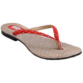 Yepme Women's Beautiful Red Sandals