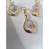 Heart Shaped Gold Plated Pendent Set