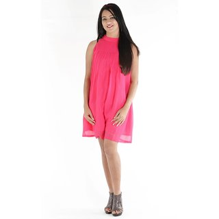 Urbane Woman Pink Dress With Pleats In Front