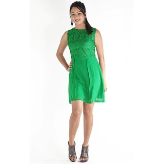 Urbane Woman Green Box Pleated Dress With Net