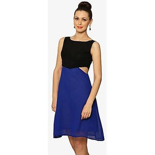 Sweet Escape Colorblock Dress In Black Blue