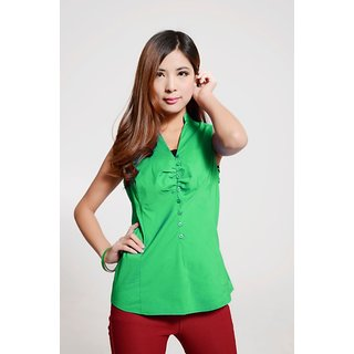 Hi Fashion: Green Color Sleevless Shirt With Strachable Material.Size:S,M,L,XL