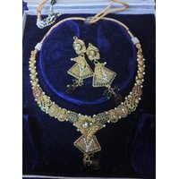 Beautiful Necklace Set With Earrings  In Imitation Gold